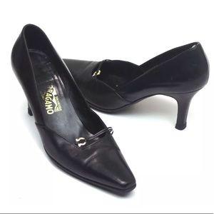 Women's Salvatore Ferragamo 8.5 B Classic Heels